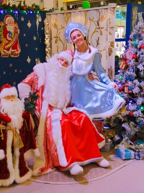 Дед Мороз и Снегурочка в школу, детский сад в Санкт-Петербурге